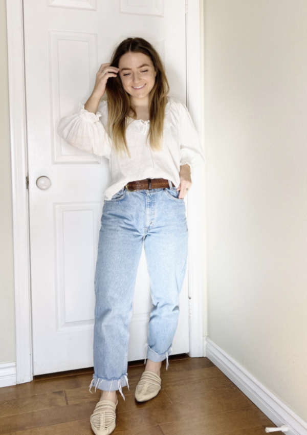 11 Best Ways To Style Mom Jeans With Items You Have