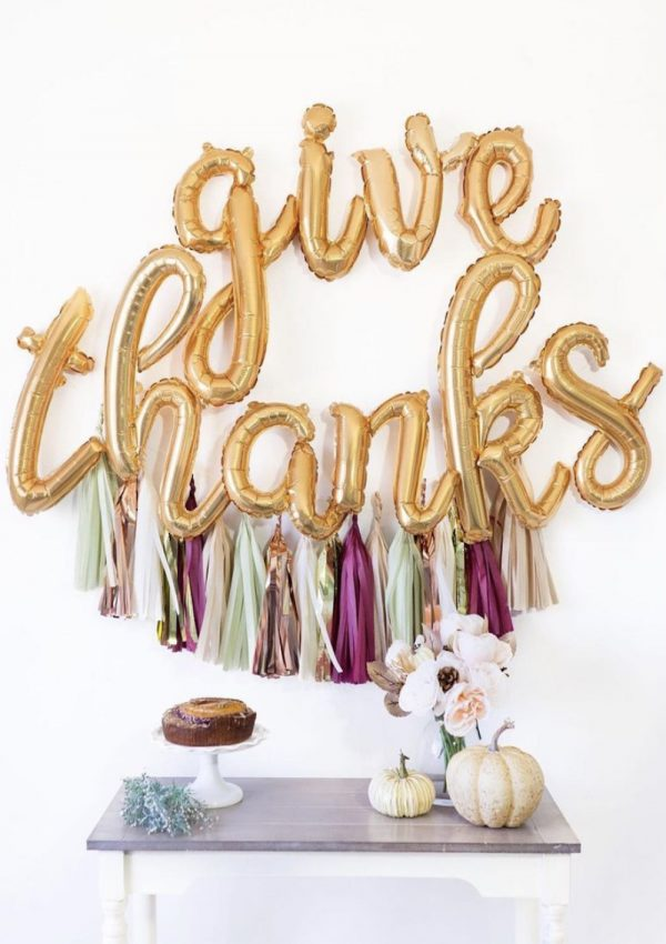 21 Affordable Friendsgiving Decor Ideas You Need for Your Home